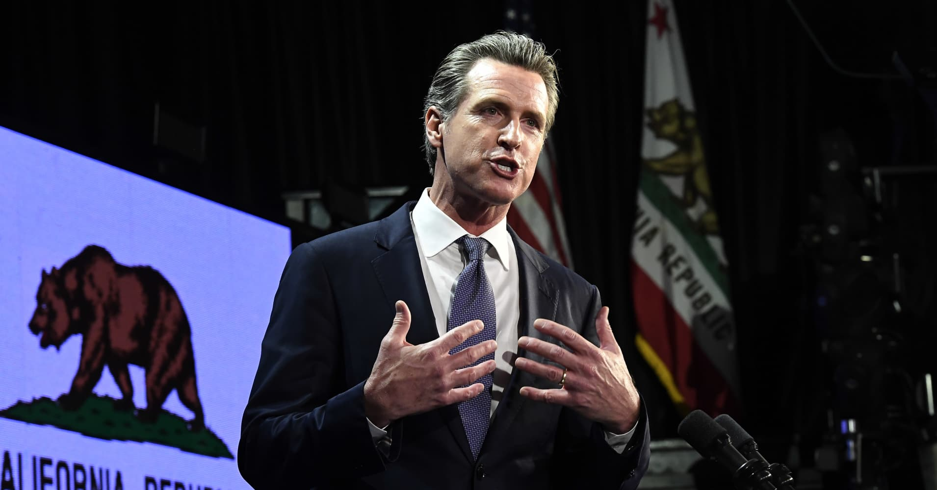 California governor accuses Trump of keeping disaster money from wildfire survivors
