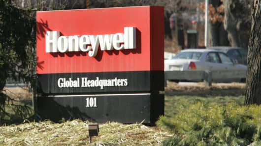 The Honeywell International sign sits outside of the company's former global headquarters in Morristown, New Jersey, on Friday, Jan. 26, 2007.  (Photo by Daniel Barry/Bloomberg via Getty Images)