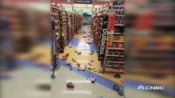 Severe 7 magnitude earthquake hits near Anchorage, tsunami warning issued
