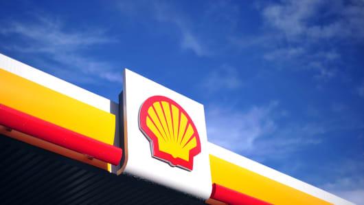 BRITAIN-NETHERLANDS-OIL-ENERGY-EARNINGS-BUSINESS-SHELL