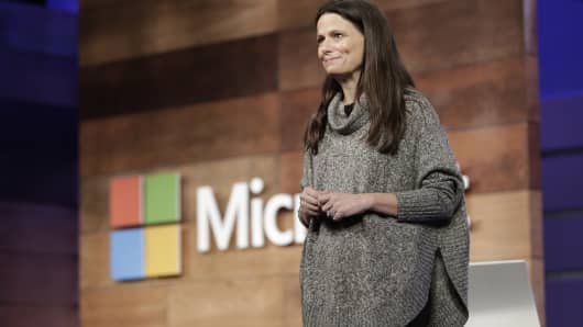 Microsoft Chief Financial Officer Amy Hood speaks at the annual Microsoft shareholder meeting in Bellevue, Wash., on Nov. 29, 2017.