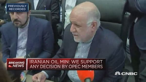 It's not Iran's responsibility to manage the oil glut situation, Iranian energy minister says