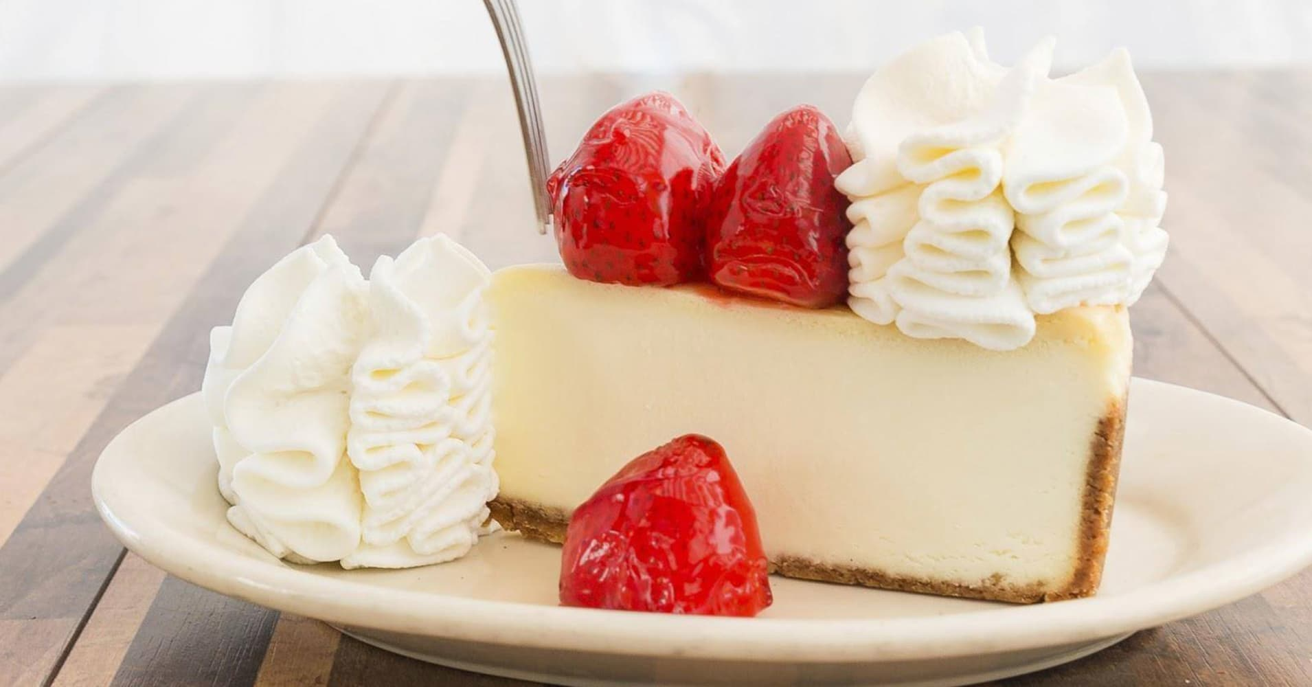 Cheesecake Factory's Free Cheesecake Promotion Goes Awry, One Person Arrested