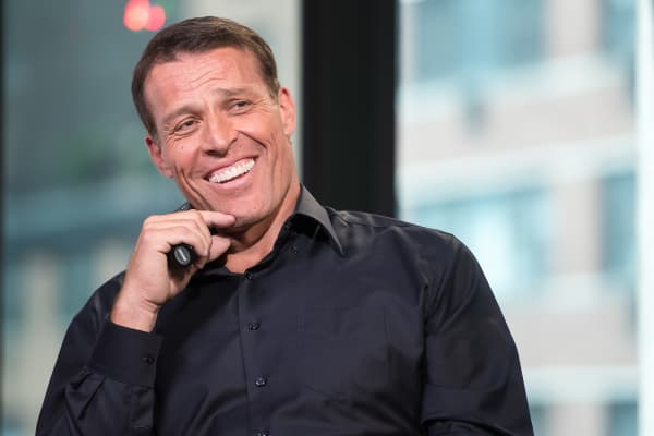 Business strategist and entrepreneur Tony Robbins