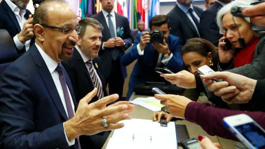 Saudi Arabia's Oil Minister Khalid al-Falih talks to journalists at the beginning of an OPEC meeting in Vienna, Austria December 6, 2018.