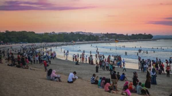 Can Bali stay a tourist paradise?