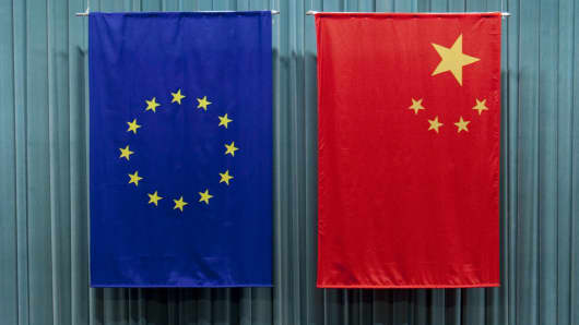 The Chinese and European Union flags