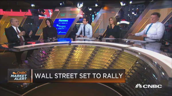 Changing consumer patterns feed into market volatility, strategist says