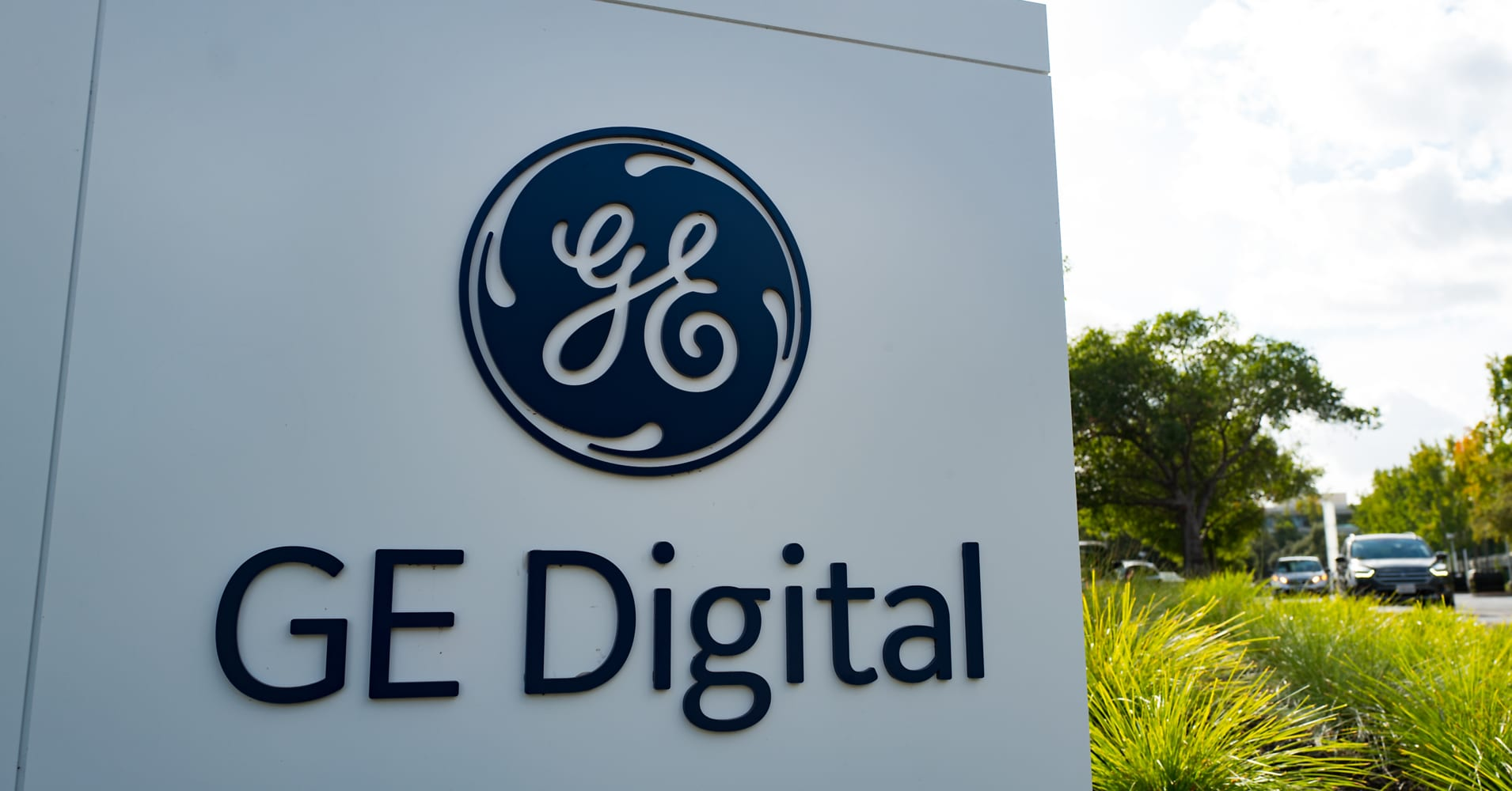 GE spins off digital assets to form internet of things company
