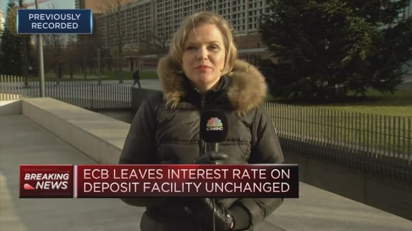 ECB announces massive bond-buying program to end