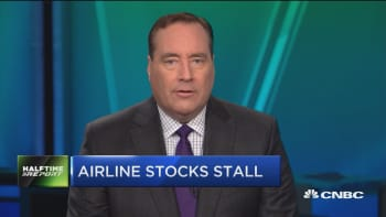 Airline stocks stall on weak guidance