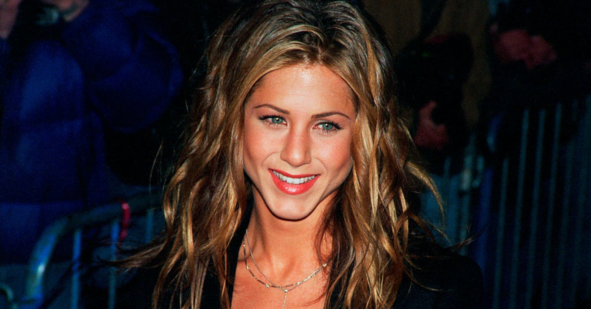 The First Jobs Of Jennifer Aniston Jeff Bezos And Other Celebs