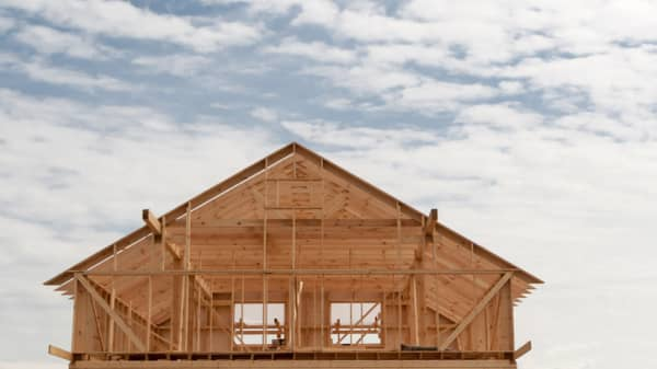 Homebuilder sentiment drops 4 points in December, lowest since May 2015