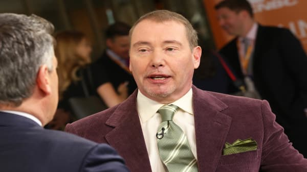 'Bond King' Jeffrey Gundlach says S&P 500 has already entered bear market