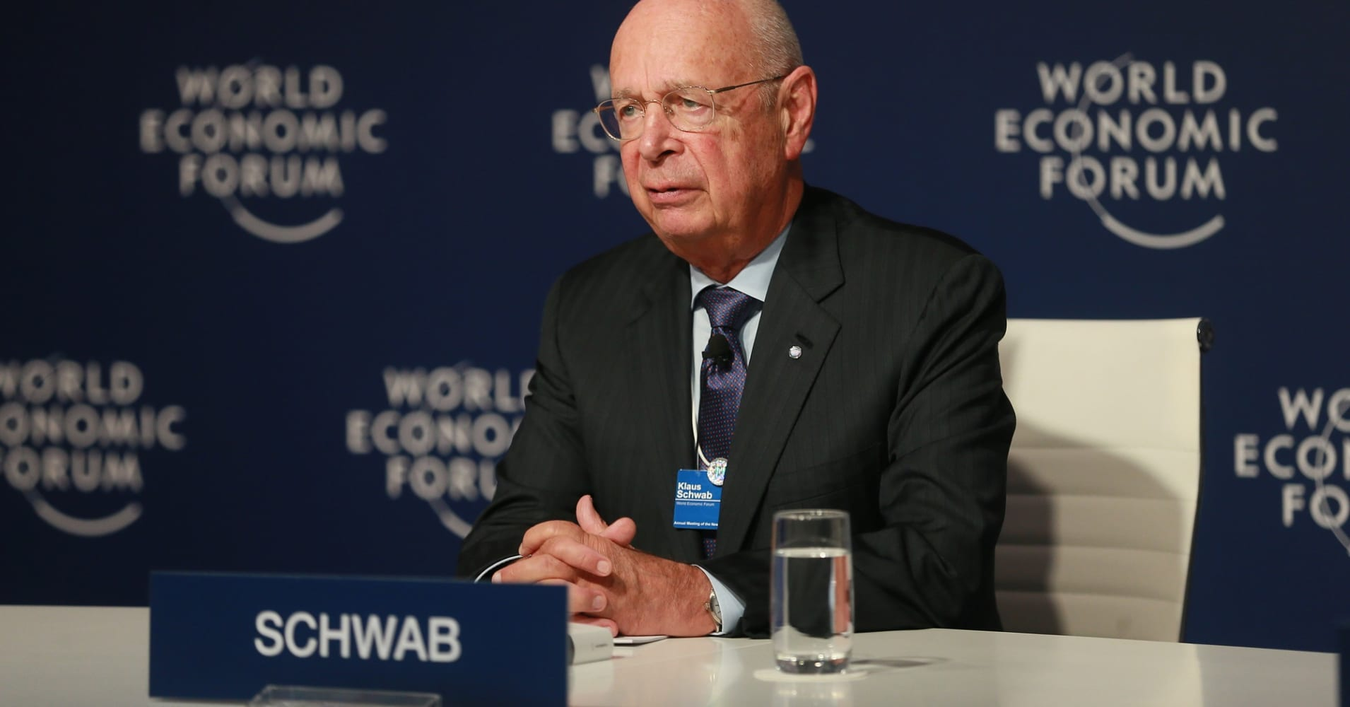 World leaders must identify an 'inclusive' approach to globalization at Davos, WEF founder says