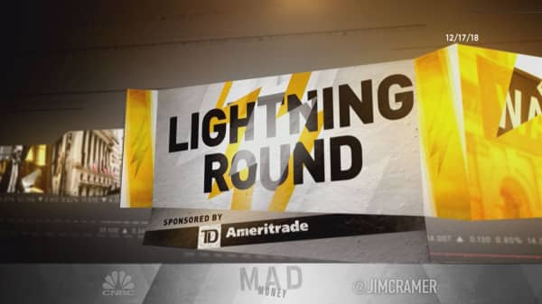 Cramer's lightning round: 'Yield will protect you in this awful market'