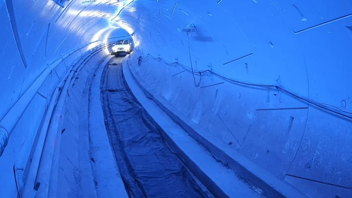 Watch what it's like to ride inside Elon Musk's first Boring Company tunnel