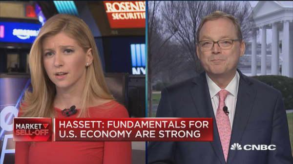 Long government shutdown may impact jobs numbers, says Trump advisor Hassett