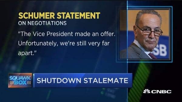 Lawmakers still far from resolving shutdown, says Dem leader Schumer