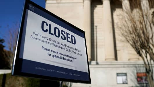 A sign declares the National Archive is closed due to a partial federal government shutdown in Washington,  December 22, 2018.
