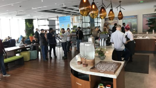 Coffee bar on top floor of Salesforce Tower