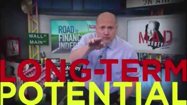 Cramer Remix: Here's where your first $10,000 should be invested