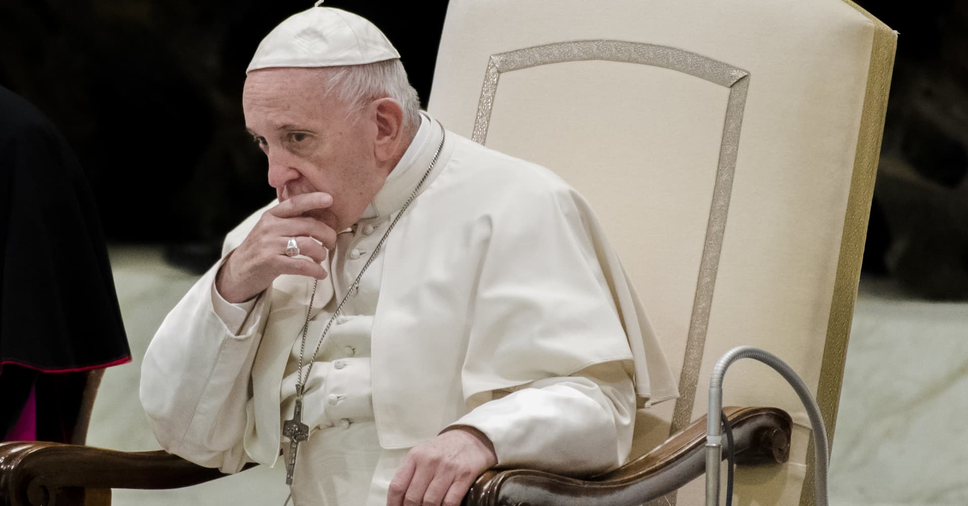 Pope bemoans disjointed world, praises unity over diversity