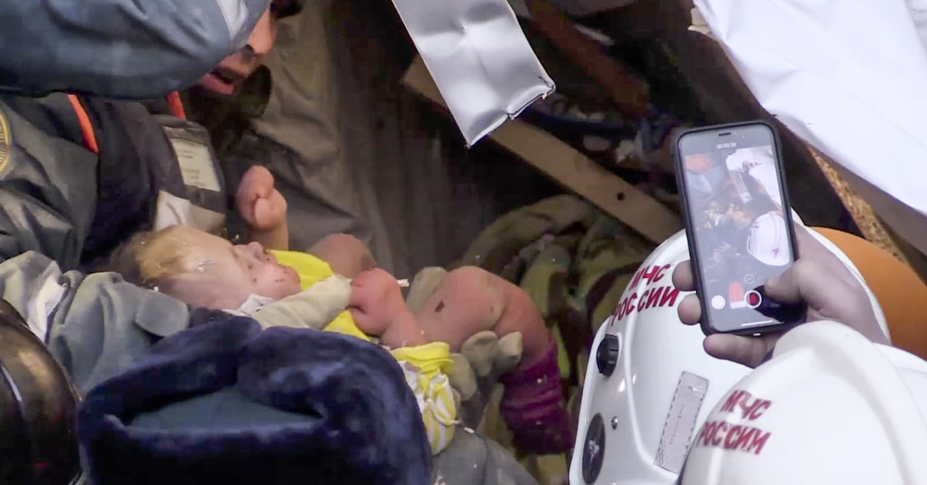 Baby rescued from rubble 35 hours after apartment collapse