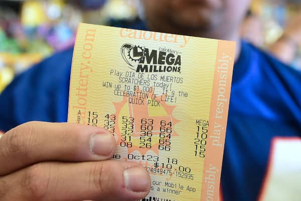 How the Mega Millions and Powerball lotteries work