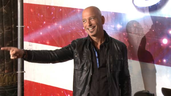 Howie Mandel reveals how cheap he really is