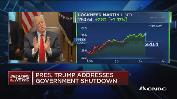 Shutdown could last long time, says Trump