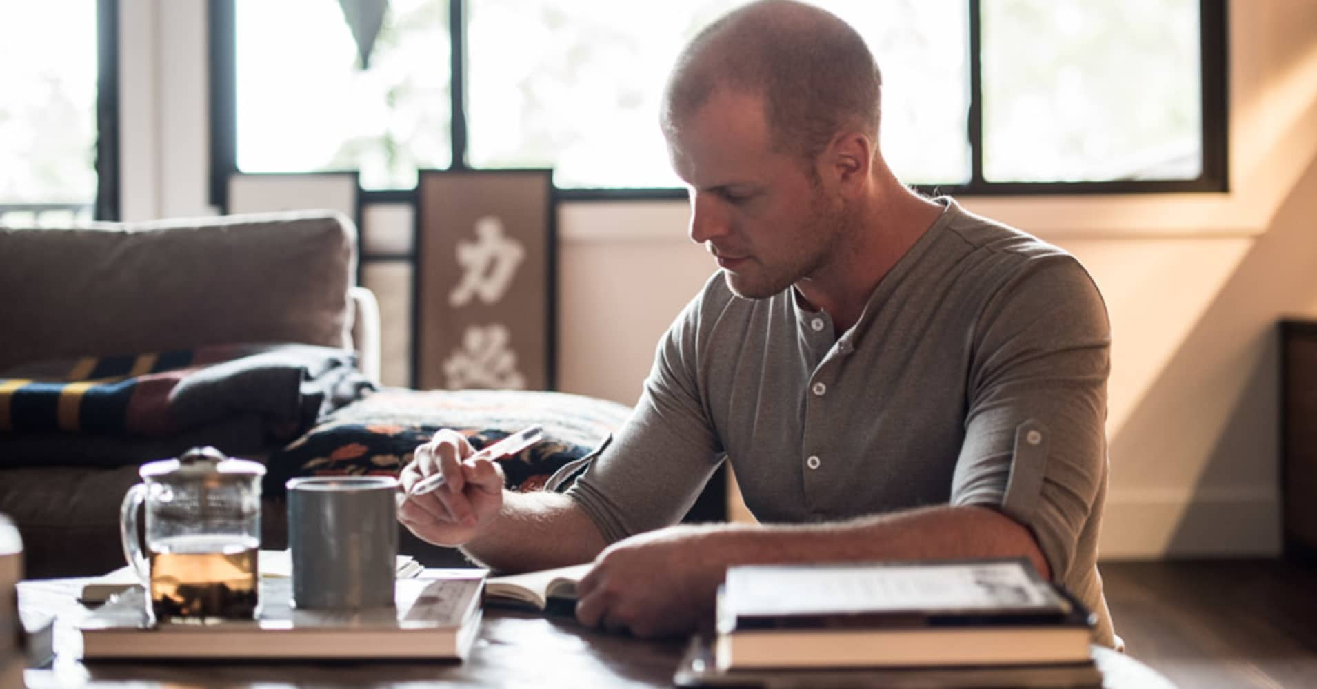Tim Ferriss says this simple 3-step exercise can help you overcome your fears—and it only takes 30 minutes