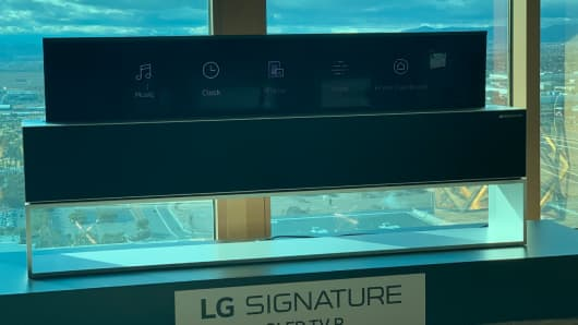 LG rollable 4K OLED TV launching this year