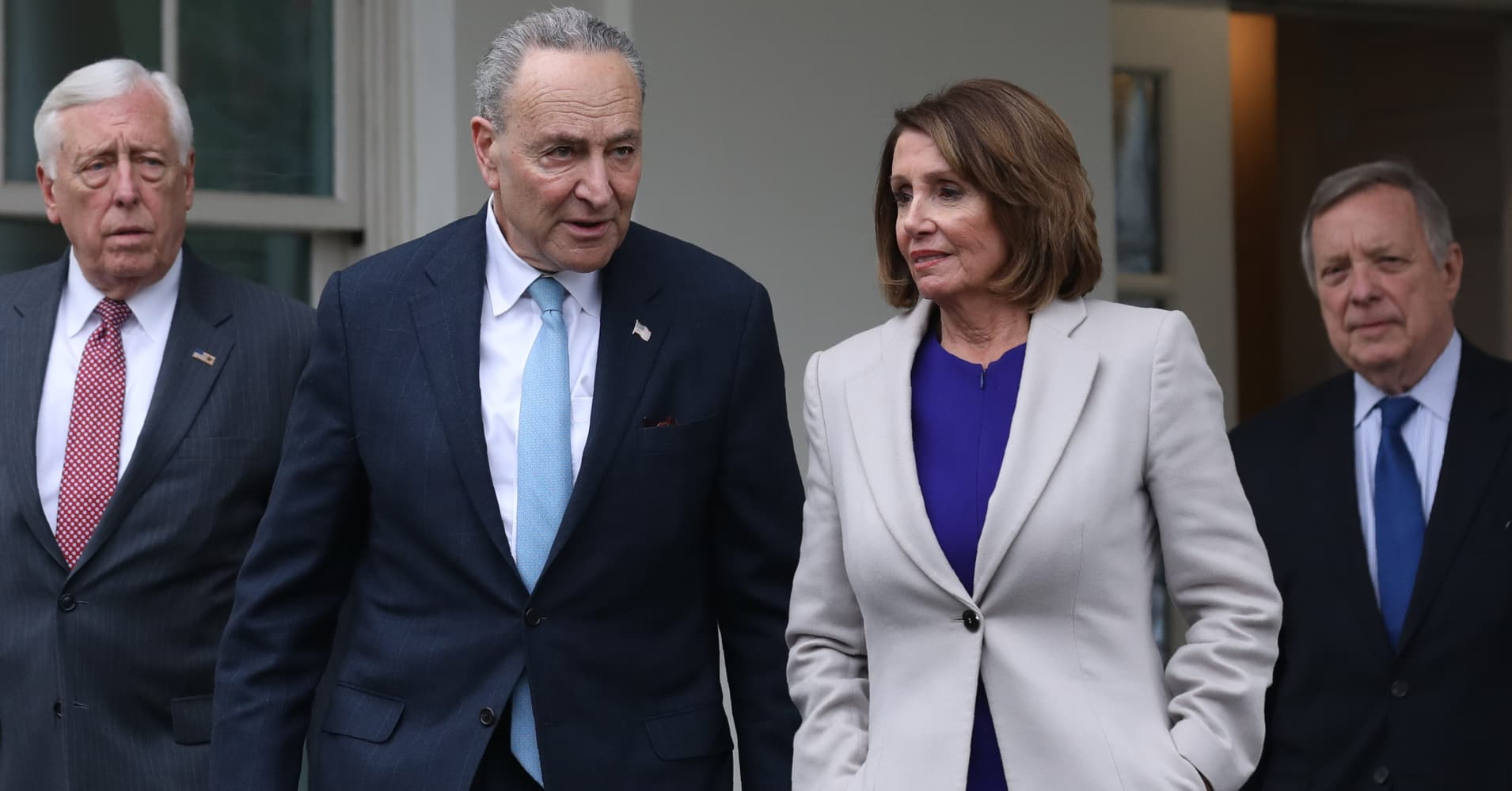 Nancy Pelosi and Chuck Schumer highlight the partial government shutdown's human cost before another meeting with Trump