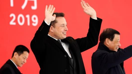 Tesla CEO Elon Musk and Shanghai's Mayor Ying Yong attend the Tesla Shanghai Gigafactory groundbreaking ceremony in Shanghai, China January 7, 2019.