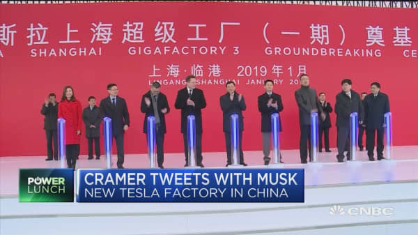 Cramer: New Tesla factory in Shanghai will work out