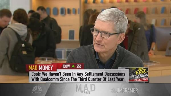 Apple CEO Tim Cook rips into Qualcomm, leaves little chance of a settlement in patent dispute