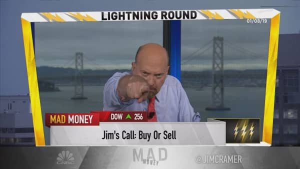 Cramer's lightning round: I prefer cannabis stock Canopy Growth over Tilray