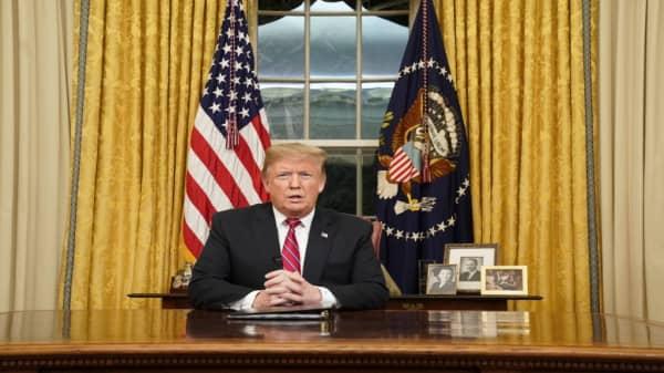 Trump, Dem leadership address nation as shutdown continues