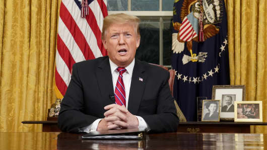 U.S. President Donald Trump speaks during an address on border security in the Oval Office of the White House in Washington, D.C., U.S., on Tuesday, Jan. 8, 2019.