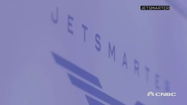 JetSmarter faces lawsuits, losses and security questions