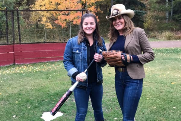 "Jessica Joseph and Amy Mottier on Kevin Costner's ""field of dreams"""