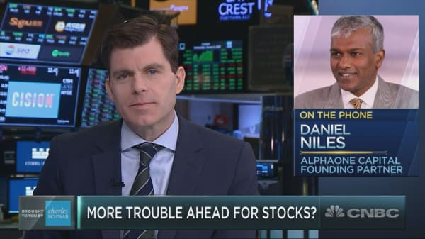Apple won't be spared from violent year for stocks, tech investor Dan Niles warns