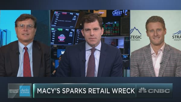 Macy's sparks retail wreck