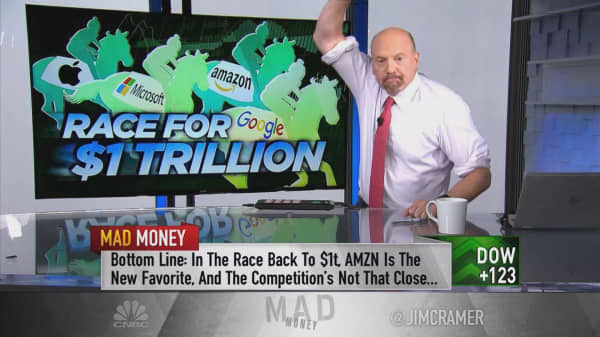 Cramer's favorites in race back to a $1 trillion market cap