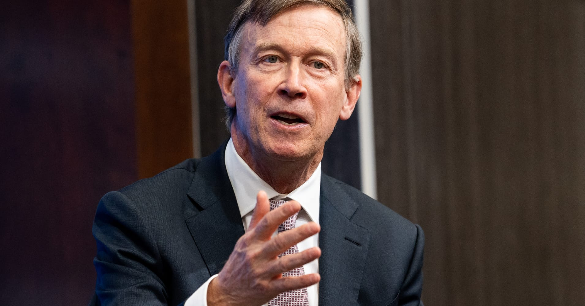 Former Colorado Gov. Hickenlooper enters the 2020 presidential race