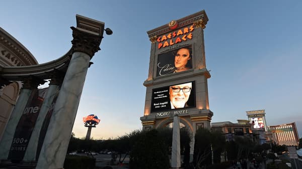 Carl Icahn is building a stake in Caesars