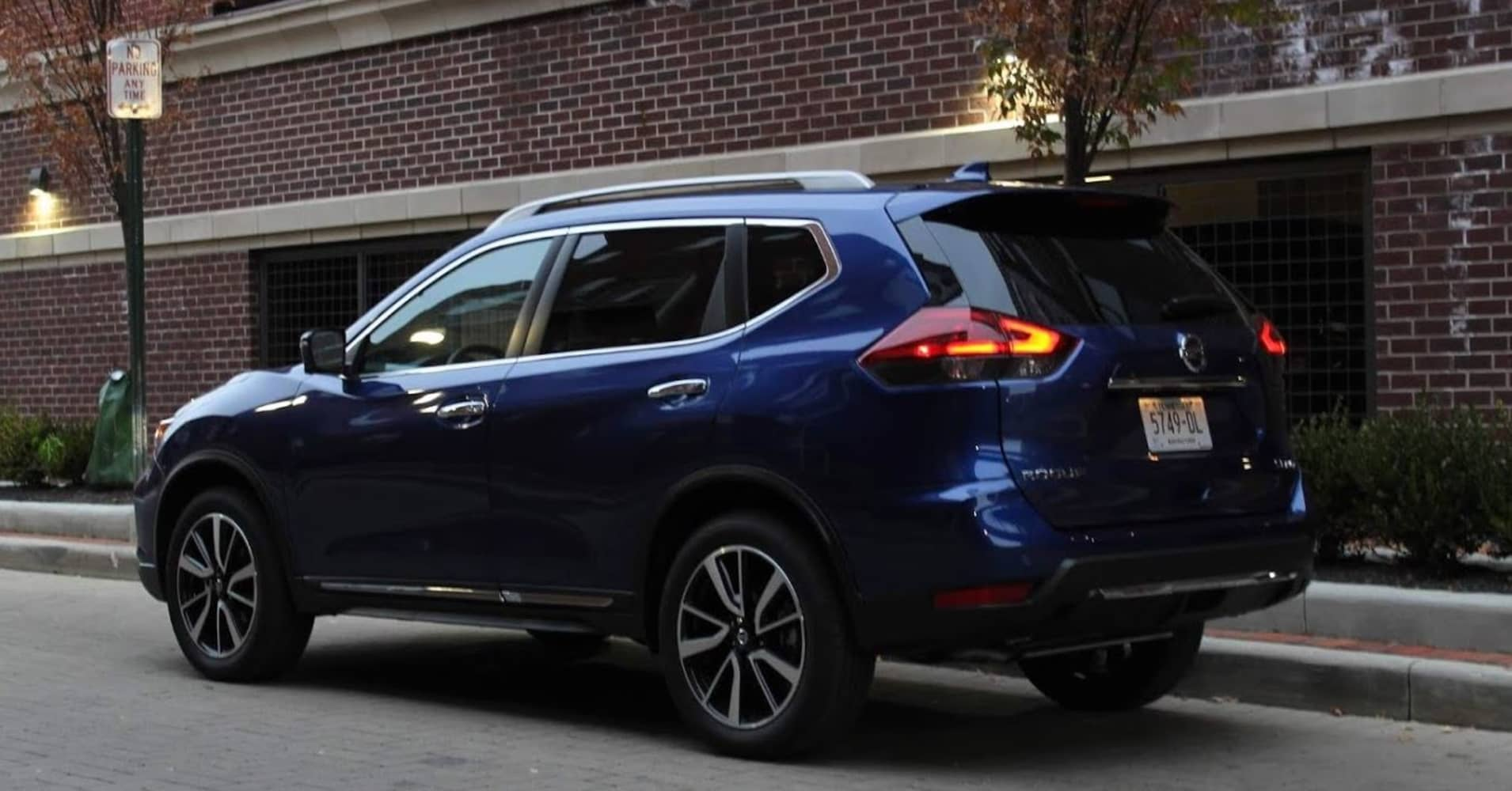 The 2019 Nissan Rogue isn't exciting but it's a great crossover with good semi-autonomous driving tech