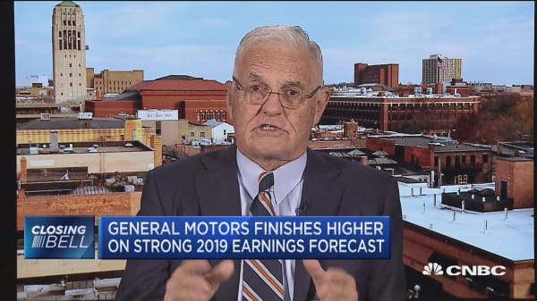 GM will remain profitable in the foreseeable future, says former vice chairman Bob Lutz