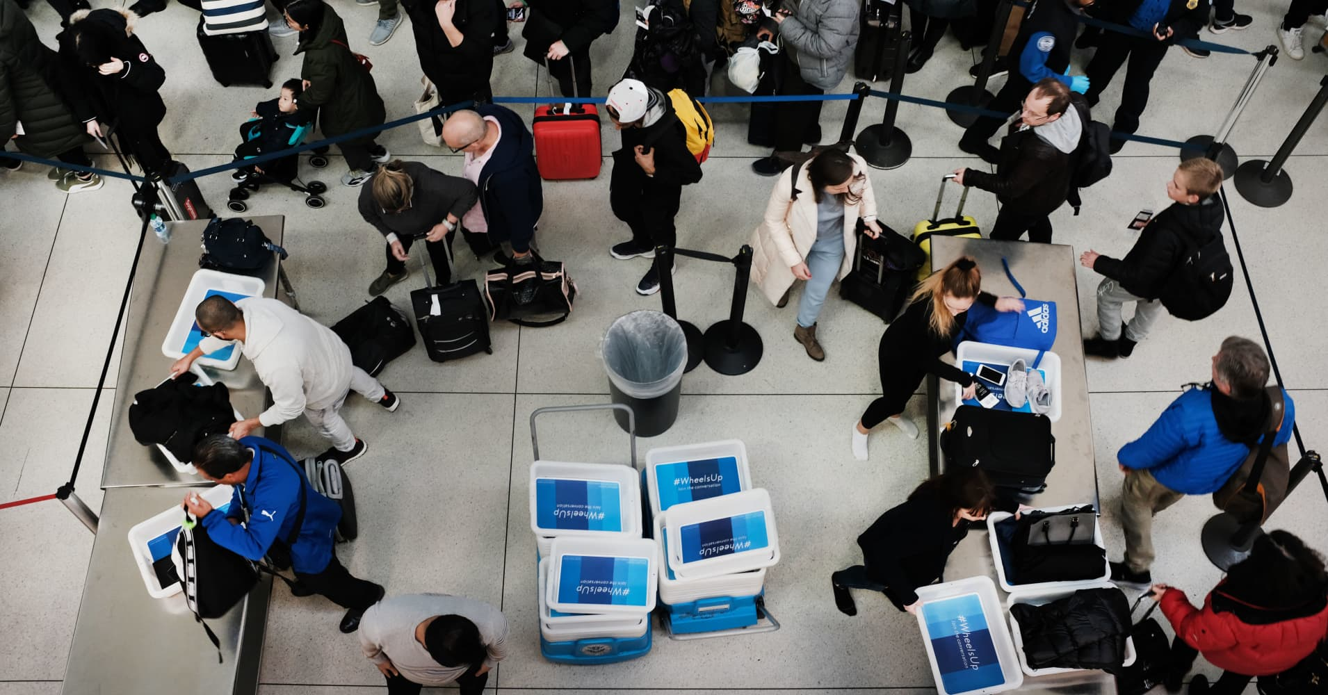 Government shutdown: TSA officers call in sick, Miami closes terminal